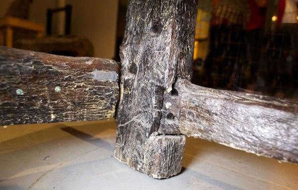 Möte underslå/ben sedd från insidan och tvärslå. Foto: Roald Renmælmo