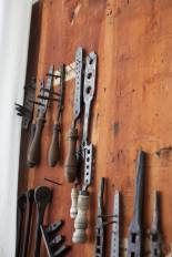 Tools for making threads on metal rods (bolts). Photo: Roald Renmælmo