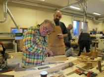 Øystein arbeider med kilegangen på okshøvelen sin. Foto: Gunnar Bjørn Olsen
